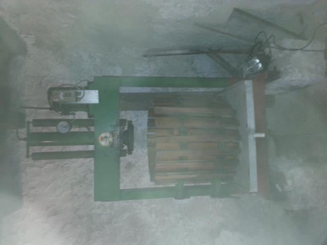 hydraulische korbpresse gratis. Black Bedroom Furniture Sets. Home Design Ideas