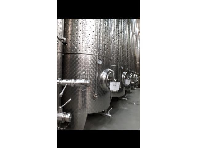 Hochwertige füllfertige Qualitätsweine