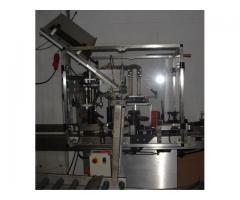 Eitkettiermaschine
